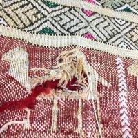 手織りウールキリムの穴修理