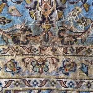画像1: 手織りウール絨毯の穴修理